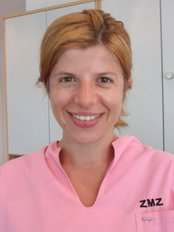 Dental Praxis Cham - Dr Deniza Uzunova