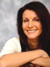 Nadia Bobak-Nursethetics - Nadia Bobak