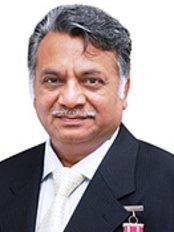 Padmashri Dr. Ashok Gupta - Plastic Surgery Clinic in India