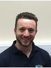 Yorkshire Neuro Physiotherapy - Leeds City Centre - Chris Newbury  - Specialist Neuro Physio