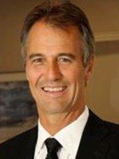 Dr Robert Jones - Hair Loss Clinic in Canada