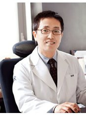 Dr. Sim - BR Plastic Surgery Clinic - Plastic Surgery Clinic in South Korea
