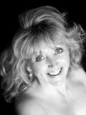 Teresa Aquinas Maybury  Skin Expertise - Beauty Salon in the UK