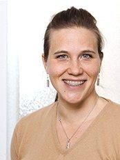 Dr. (Univ. Padua) Astrid Longo - Dental Clinic in Germany