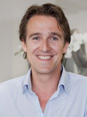 Dr. Anton Lang - Plastic Surgery Clinic in Germany