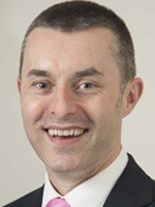 Dr David Quinn - Dental Clinic in the UK