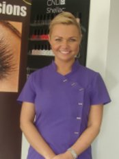 Eyelashes by Alina - Lux Eye treatments