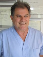 Clinic of Dr Paul Georgiadis - Dental Clinic in Greece
