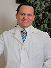 Dr. Omar Fonseca - Bariatric Surgery Clinic in Mexico