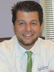 Dr. Vasileios Bagiokos (IASO Klinik) - Praxis für Gynäkologie und Geburtshilfe in Griechenland
