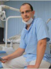 Dr. Zsolt Hajagos - Dental Clinic in Hungary