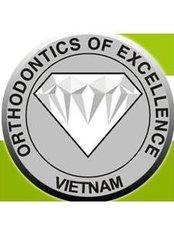 Trung Tâm NiỀng Răng Diamond - Dental Clinic in Vietnam