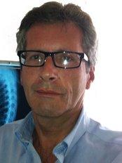 Osteopath Jeremy Kenton - Osteopathic Clinic in Spain