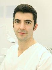 Dentaplus - Dr Andrei Constantinovici