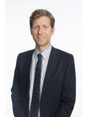 Dr Ross MacIntyre - Northern Eye Consultants - Dr Ross MacIntyre - Cataract, Laser & Corneal Surgeon