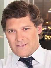 Dr. Mauricio Verbauvede - Plastic Surgery Clinic in Portugal