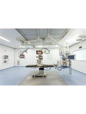 Asian Bariatrics Hospital - Dr.Mahendra Narwaria - Bariatric Surgery Clinic in India