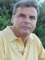 Dott Massimo Maspero-Centro Polispecialistico Sant'Apollonia - Plastic Surgery Clinic in Italy