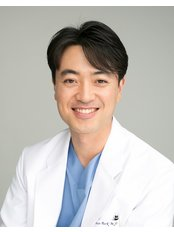 Charm Vein Center - Insoo Park, M.D. Director