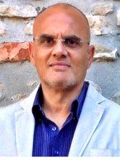 Dottor Nunzio M. Tagliavia - Dental Clinic in Italy