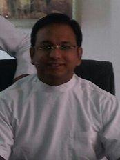 Vashishtha Dental Clinic - Indrapuram - Dental Clinic in India