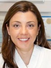 Marina Lara - Dental Clinic in Brazil