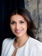 S-Thetics - Miss Sherina Balaratnam, surgeon and medical director of S-Thetics