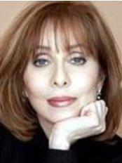 Dr. Marietta Zorn - Plastic Surgery Clinic in Canada