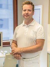 Dr. Renner Ferenc - Dental Clinic in Hungary