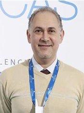 Dr. Yasser Hamed - Medical Aesthetics Clinic in Egypt