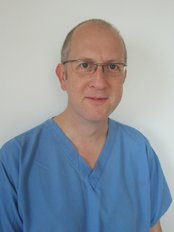 Blackhills Specialist Dental Clinic - Graeme Lillywhite