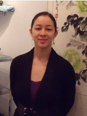 Physio-Active Clinic - Michelle at Ealing Acupuncture Massage