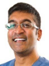 Lewisham Dental Practice-den - Dr Andrew Fries