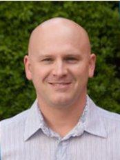 Cowplain Dental Practice - Dr Gregory Whittingham