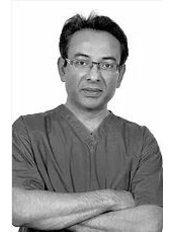 Sante Clinic - Medical Director, Dr Ali Jahan