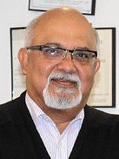 Studsmiles Dental Clinic Dr. Sheetal Sachdeva - Dental Clinic in Australia
