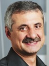 Lifestyle Orthodontics - Dr Ali Darendeliler