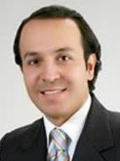 Dr. Nelson Chaves - Plastic Surgery Clinic in Colombia