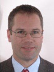 Dr Jamie Ryan FRACS - Dr Jamie Ryan FRACS