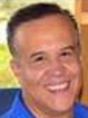 Dr. Victor González Bedolla - Bosques - Colonia Condesa Bran - Dental Clinic in Mexico