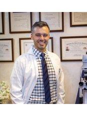 Dr Yazan Haddadin Eye Clinic - Dr Yazan Haddadin 1