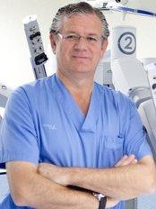 Servicio de Urologia Hospital La Zarzuela - Dr Moncada