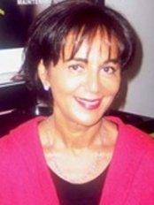 Docteur Nelly Danan Medecine Esthetique - Medical Aesthetics Clinic in France