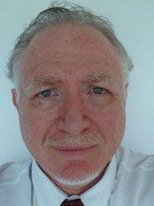 Dr. Ivo Kilinsky - Clínica 1 - Plastic Surgery Clinic in Brazil