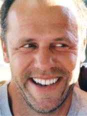 Dr. Benno Gaßmann, MSc - Dental Clinic in Germany