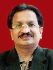 Delhi Diabetes Care Centre - Dr Vinod Mittal