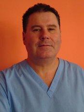 Hamilton Clinical Dental Technicians - Mr Philip McKeown