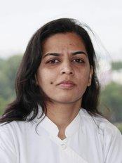 Bhandari Dental Clinic -  Sneha Bhandari