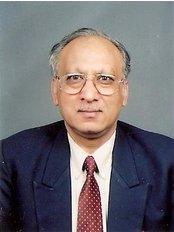 Dr. Goels Dental Care and Orthodontic Centre - Naraina Viha - Dental Clinic in India
