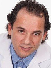 Clinique de Denturologie Michel Puertas - Dental Clinic in Canada